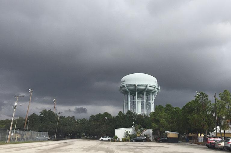 Gloomy weather kicks off Thanksgiving break