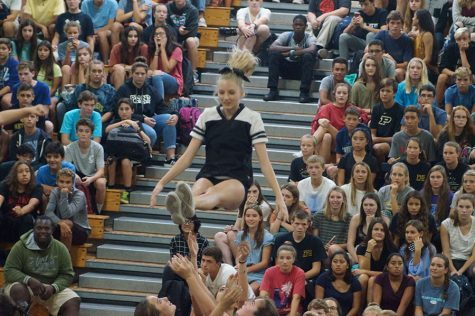 Pep rally encourages school spirit for fall sports