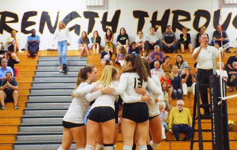 Varsity volleyball defeats Durant