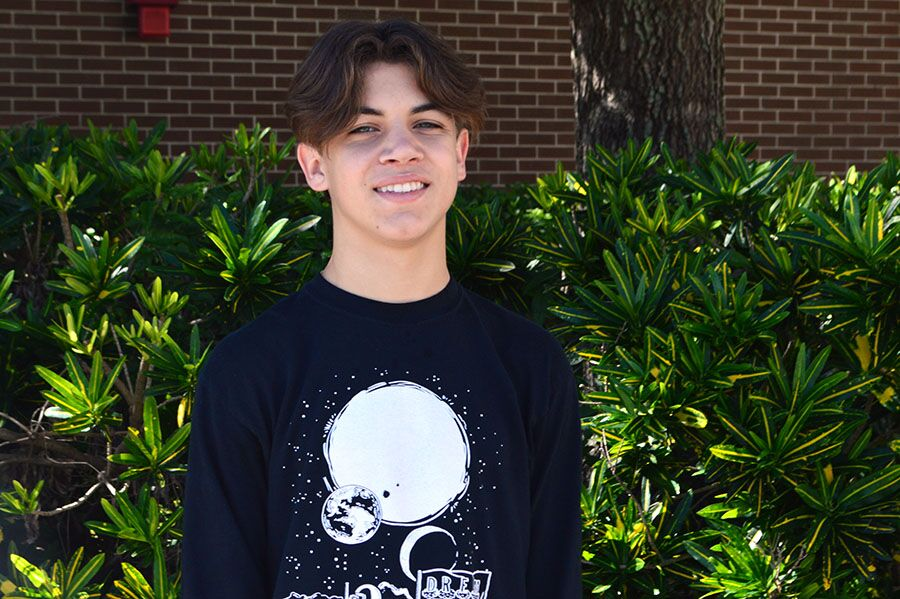"Gaining popularity in various South Tampa schools, rapper sophomore Mitchell Holmes is referred as  Money Mitch by his peers and teachers. Holmes has been making music since he was 12 years old and is known for his very first song ""813 Anthem"" which got 2,300 views on YouTube and Spotify."