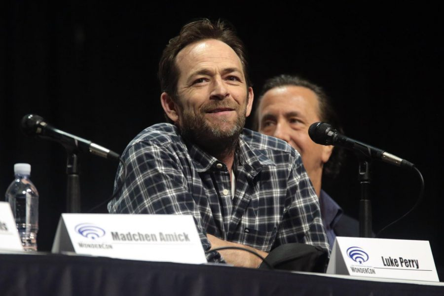 Luke+Perry+speaks+March+31%2C+2018+for+%22Riverdale%22+at+WonderCon+in+the+Anaheim+Convention+Center.+Perry+passed+away+March+4+at+the+age+of+52+after+suffering+a+stroke+Feb.+27.