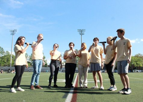 Teachers perform at Faculty Idol