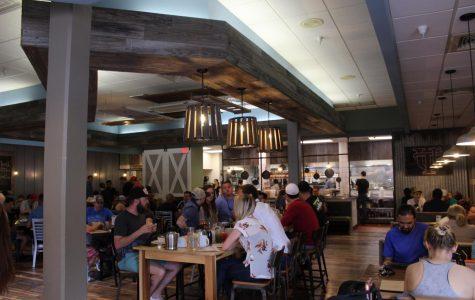Students review local breakfast-serving restaurants
