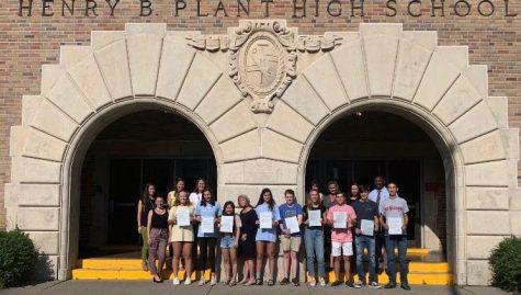 Alumni class of '69 reunite at campus tour