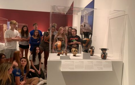 Students tour Tampa Museum of Art