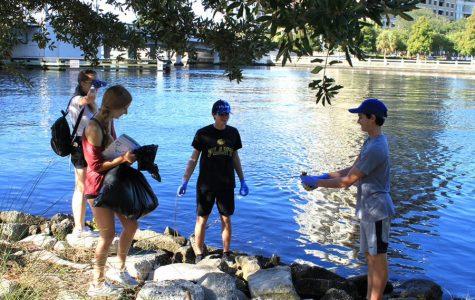 Marine Club participates in Hillsborough River cleanup