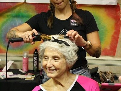 Event held to support breast cancer survivors