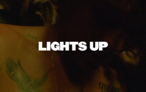 """Harry Styles """"Lights Up"""" fans with new song"""