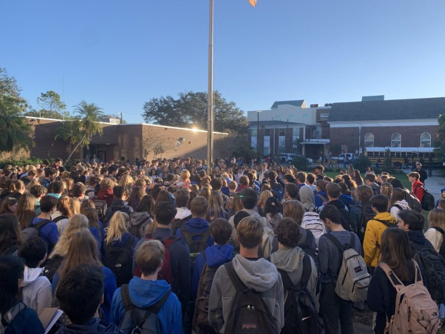 School gathers in prayer to honor student