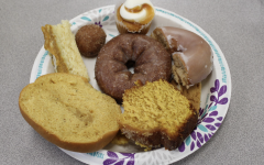 Navigation to Story: Staff tries pumpkin spice flavored foods